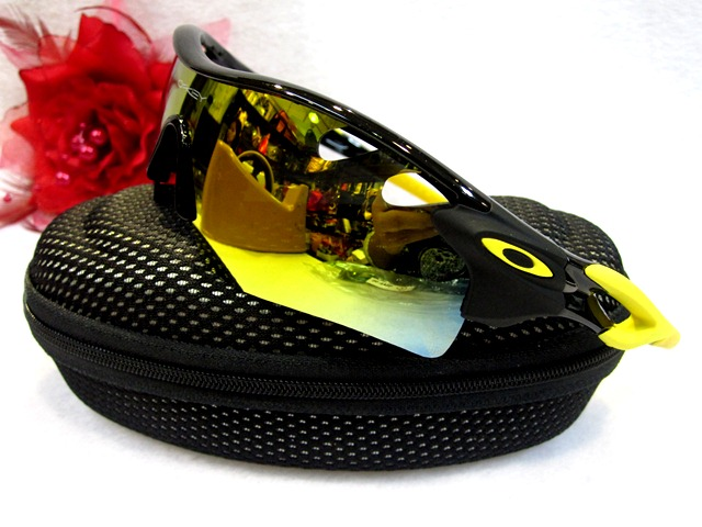 black and yellow oakley sunglasses  oakley black and yellow sunglasses