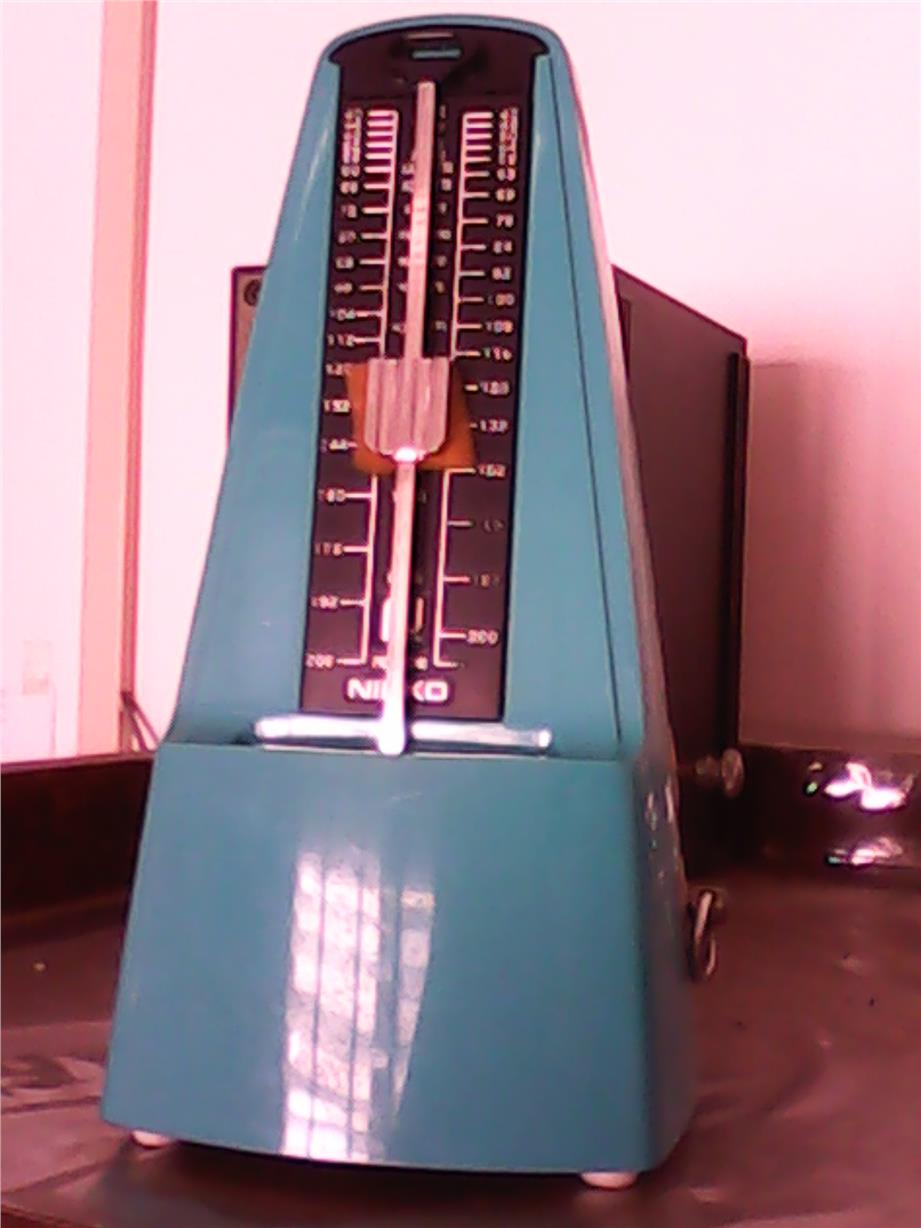 Green Color Pyramid Style Metronome