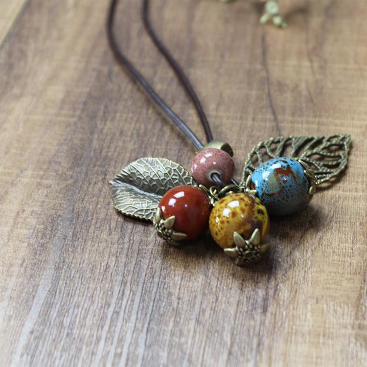 HAND MADE CLAY BEADS LEAVES VINTAGE LOOK NECKLACE