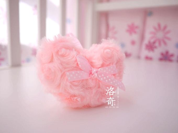 Heart Shape Lovely Rose Coral Fleece Hanging Ornament