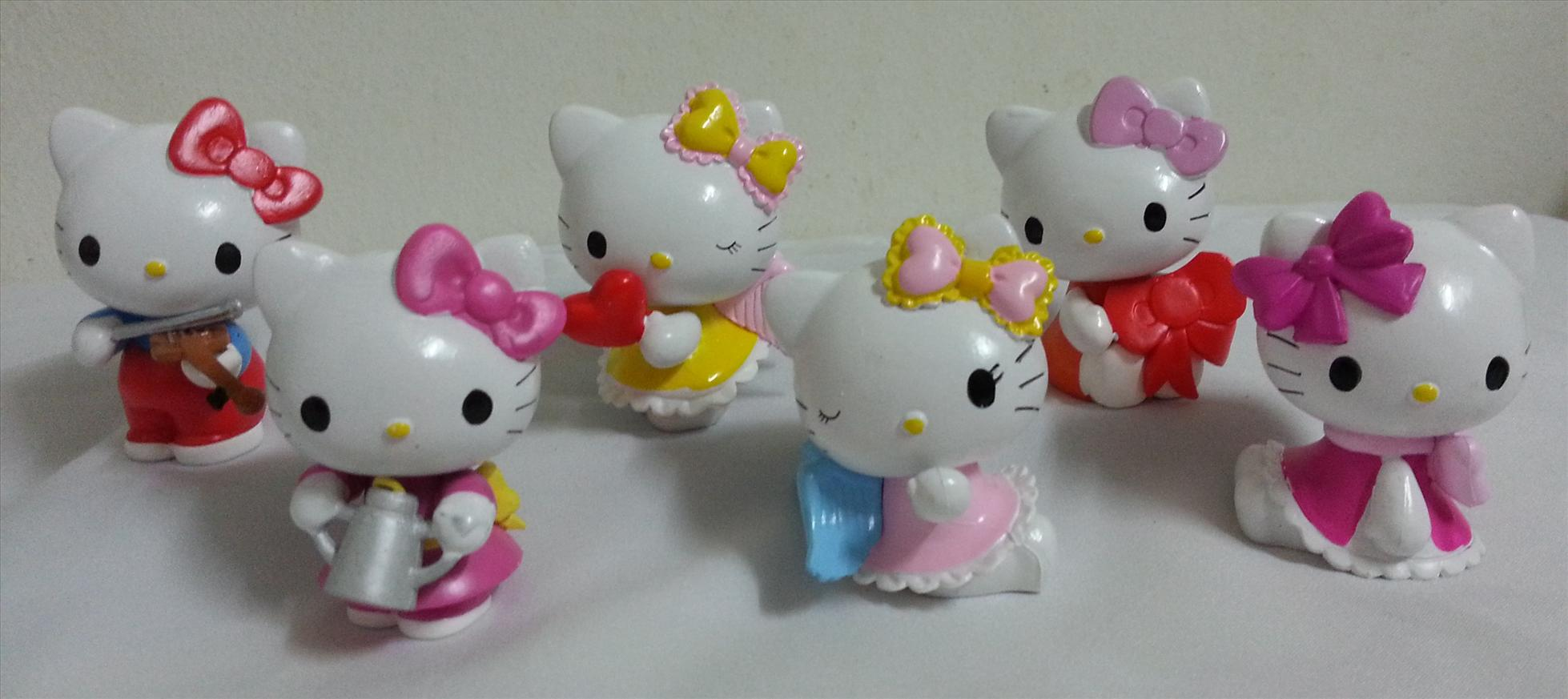 Decor Cake Hello Kitty : Hello Kitty Cake Topper / Hello Kitt (end 2/12/2014 4:15 PM)