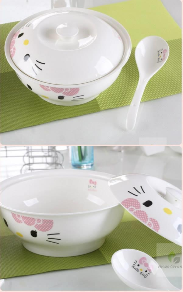 Hello Kitty Ceramic Soup Bowl with Cover and Spoon