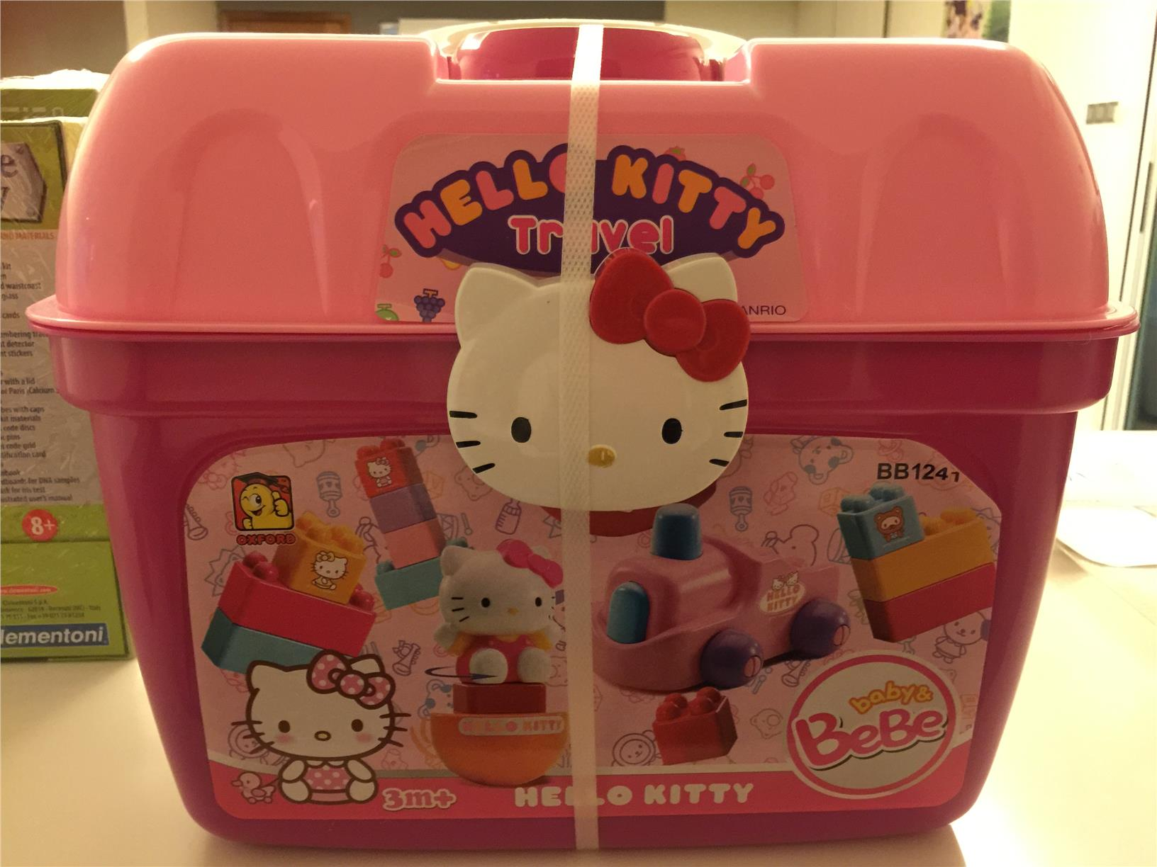 HELLO KITTY GIANT OXFORD LEGO BLOCK