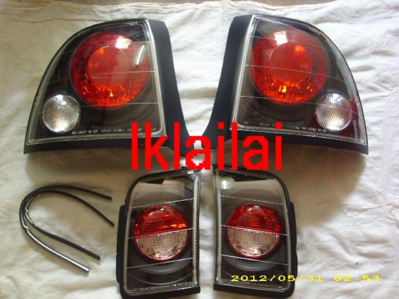 Honda Accord SV4 '96-98 Round Type Tail Lamp [Black Housing]