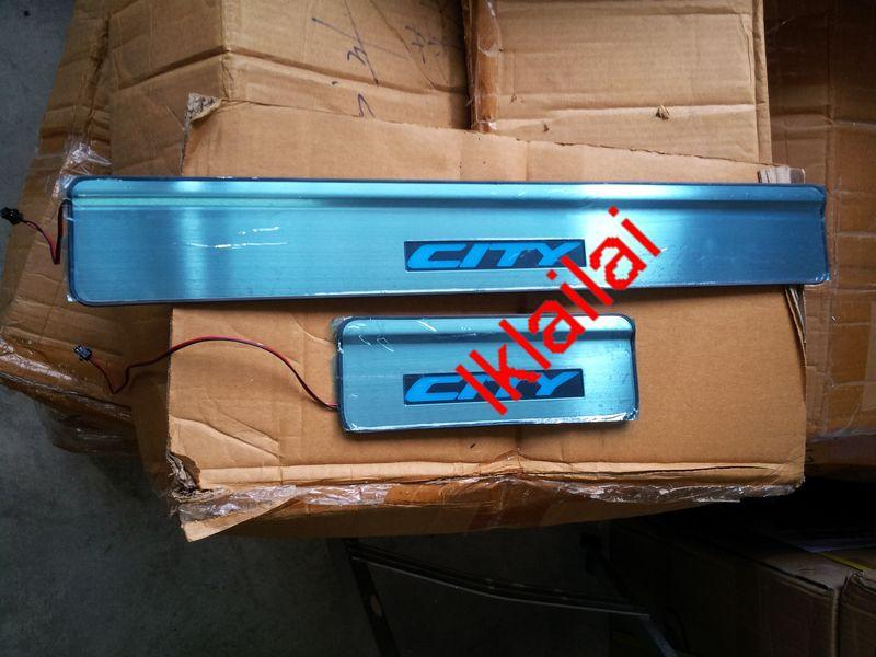 HONDA CITY �06 Door / Side Sill Plate With LED Light [4pcs/set]