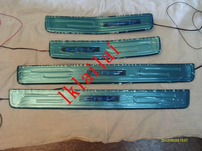 Honda CRV '07 Door / Side Sill Plate With LED Light [4pcs/set]