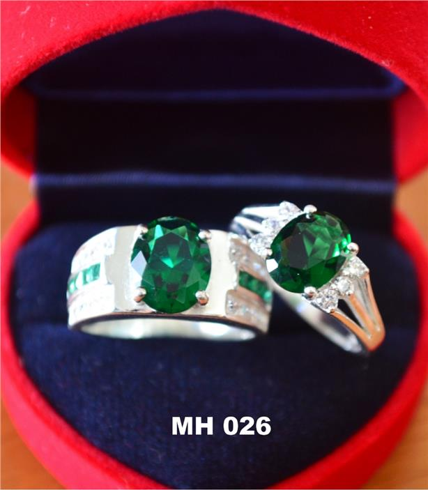 HOT COUPLE SET GREEN SILVER RING (MH026)