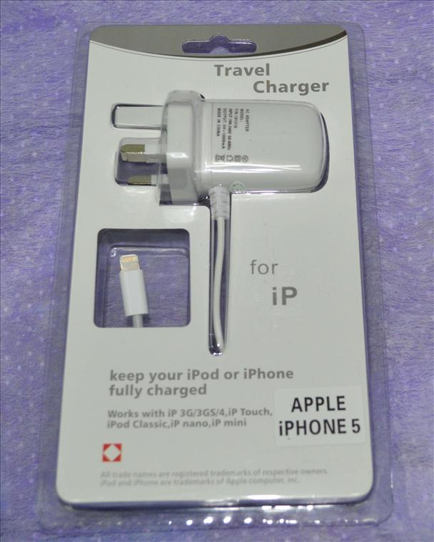 *HOT ITEM* APPLE IPHONE 5/ IPAD MINI TRAVEL CHARGER
