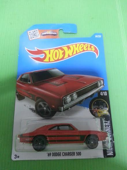 Hot Wheels Diecast - '69 Dodge Charger 500 Sport Car NEW