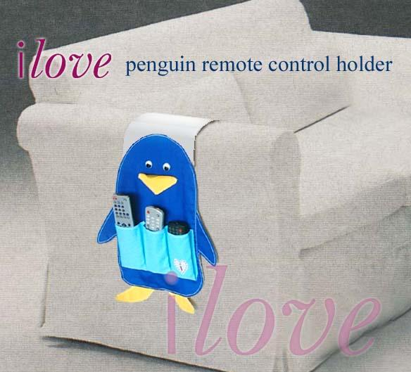 'ilove' penguin TV/DVD player's remote control holder