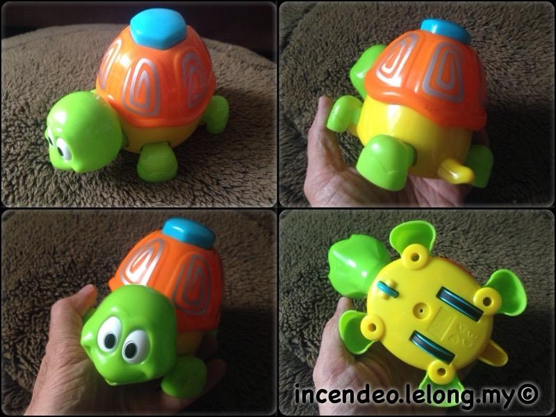 **incendeo** - Toys R Us Press and Walk Turtle for Kids