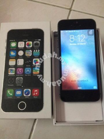 iphone 5 16G very good condition