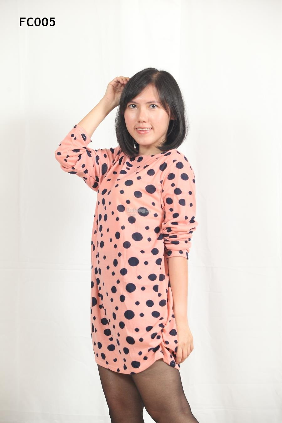 Knitted Irregular Dots Printed Long Sleeves Top- S-3XL