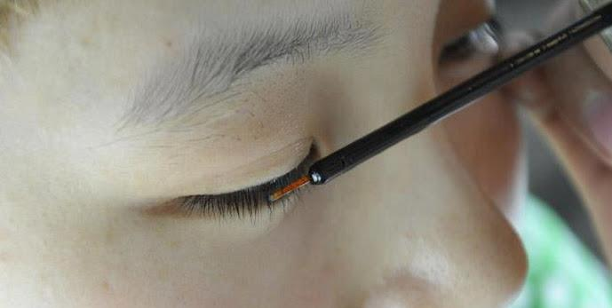Korea 100% natural ingredients eyelash growth liquid. Very effective