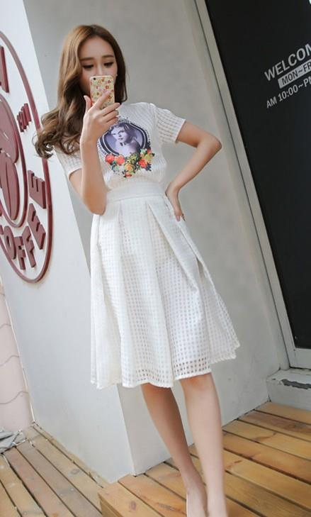 Korea Style Organze Show-slim A-shape Skirt (White)