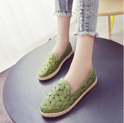 Korea version new arrival retro hollow flower fisherman sandal
