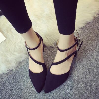 Korea version side hole pointed thick heel sandal