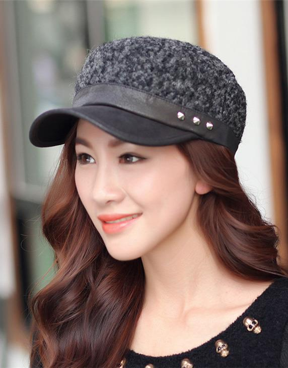 Korean~Fashion Leisure Rivet Ladies' Hat