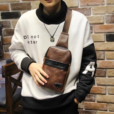 Korean version tide casual male crazy horse leather chest bag