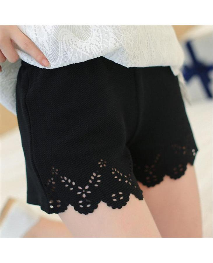 Lace Side Anti Emptied Short Pants (Triangle Flower)