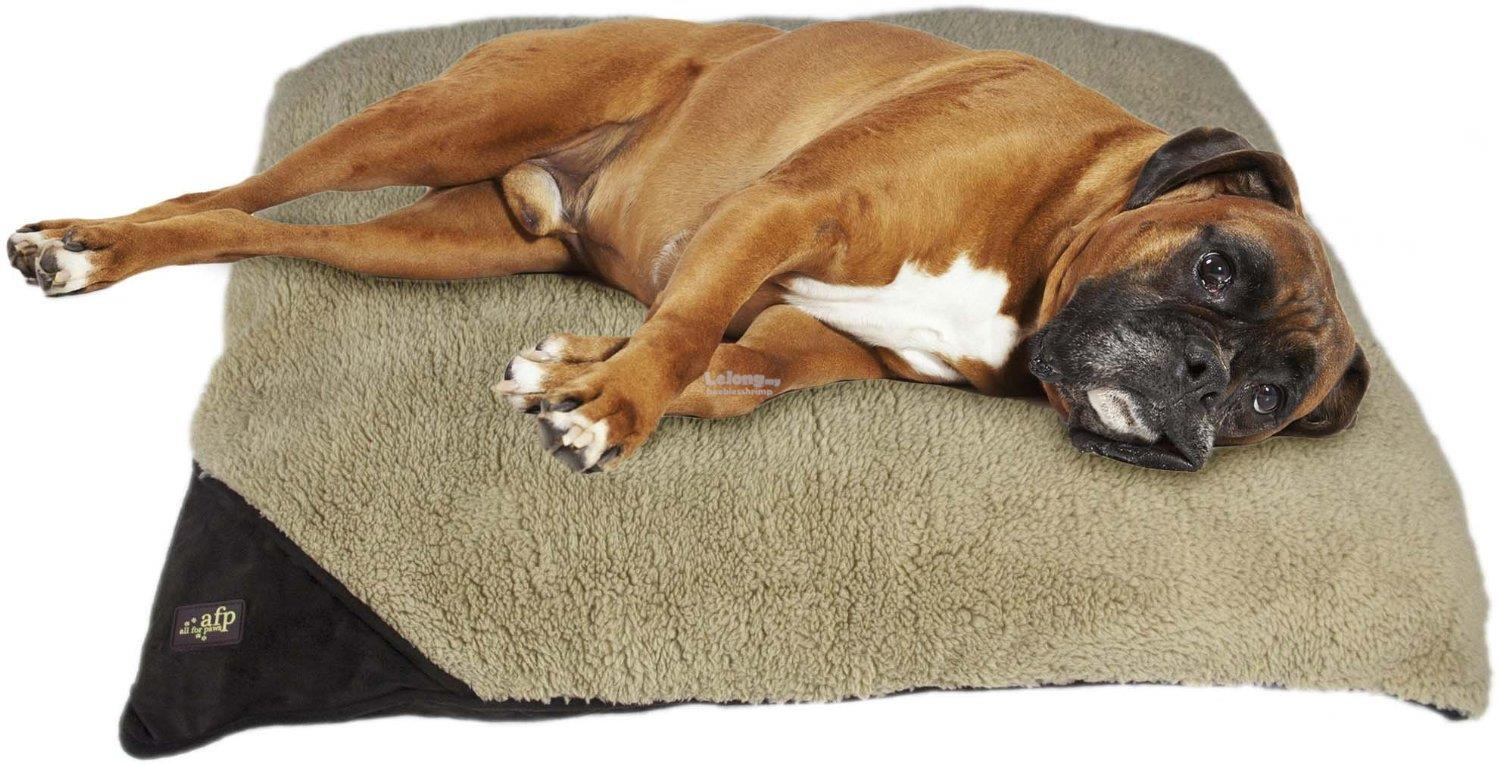 Lambswool Pillow Dogs Bed Medium -Brown