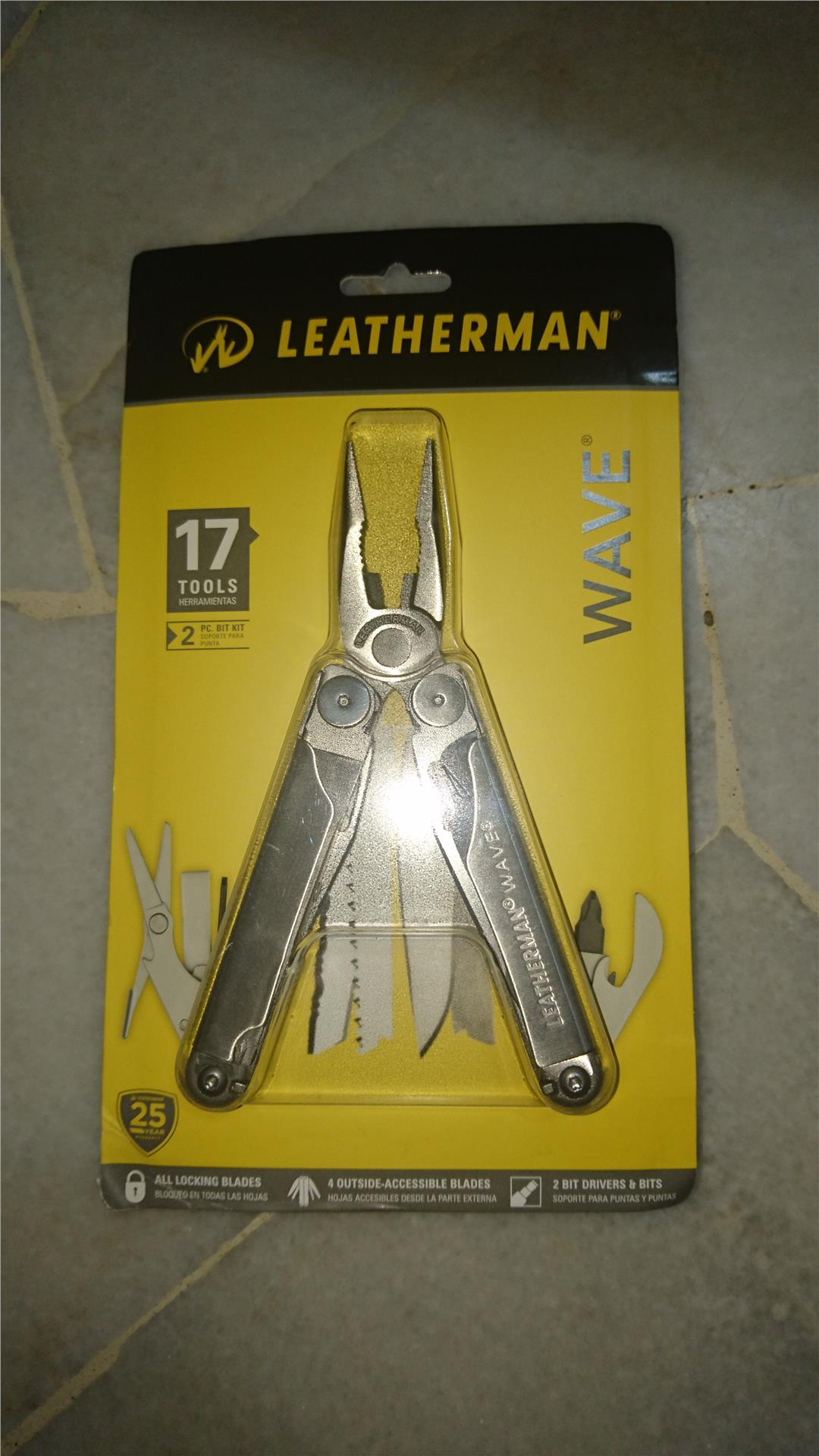 Leatherman Wave Multitools Pliers (17 Tools)