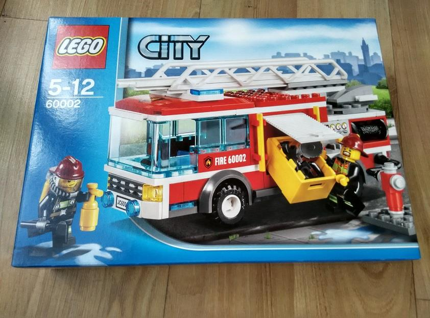 Lego City 60002 Ladder Fire Truck End 11 16 2017 9 15 Pm