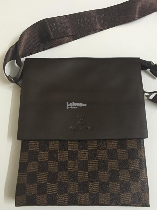 Louis Vuiton Leather Sling Bag / Beg ( Authentic )