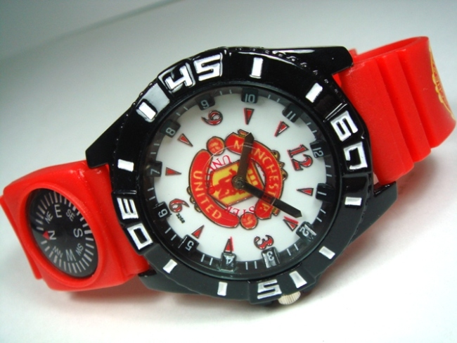 M UNITED FOOTBALL CLUB OFFICIAL TRAINING REPLICA WATCHES M.U FANS NEVE