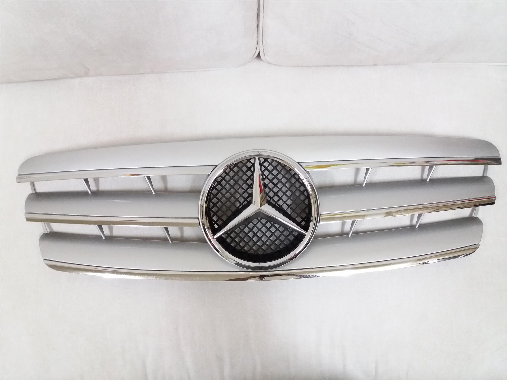 Mercedes benz w203 00 06 front grill end 5 1 2017 9 15 pm for Mercedes benz front emblem