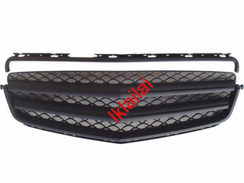 Mercedes Benz W204 '07 Front Grille All Black [2pcs type]