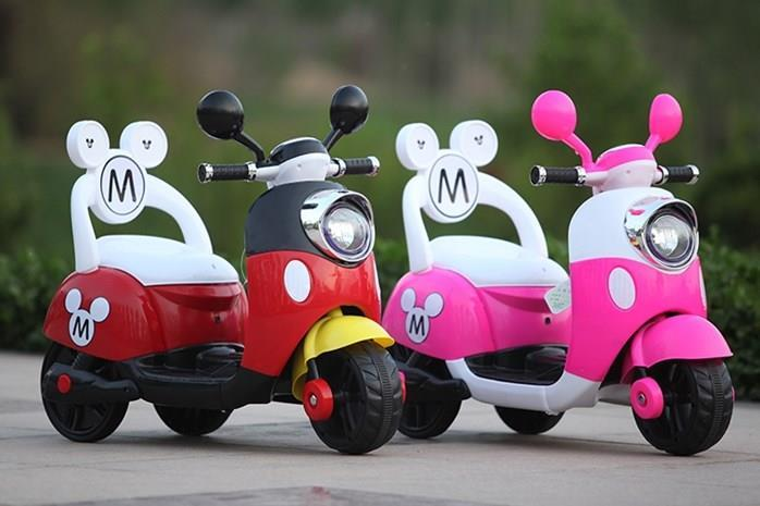 New Mickey & Minnie Mouse Kids Scooter