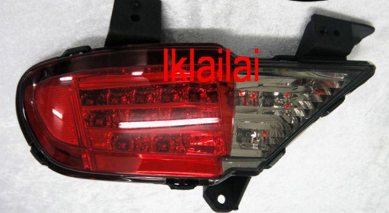 MITSUBISHI Pajero LED Rear Bumper Reflector [Red-Clear]