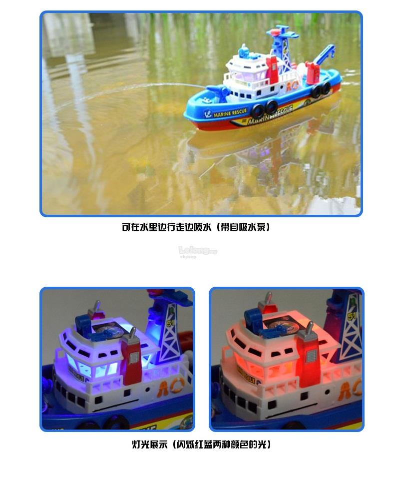 Model boats, Music,Llighting,Spray water & Travel on the water