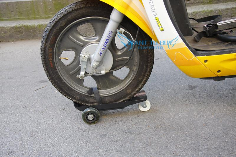 New Motorcycle boosters puncture flat tire emergency control
