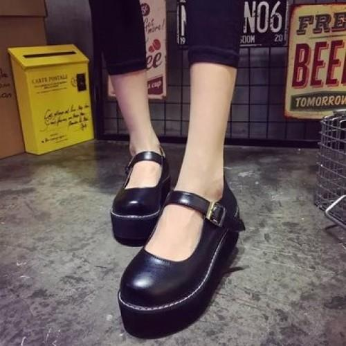 MT007766 Female Japanese Buckle College Retro Round Muffin Shoes