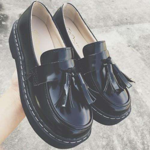 MT010019 British Retro Fringed Round Bottomed Muffin Women Shoes