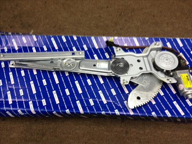 NAZA RIA POWER WINDOW Regulator