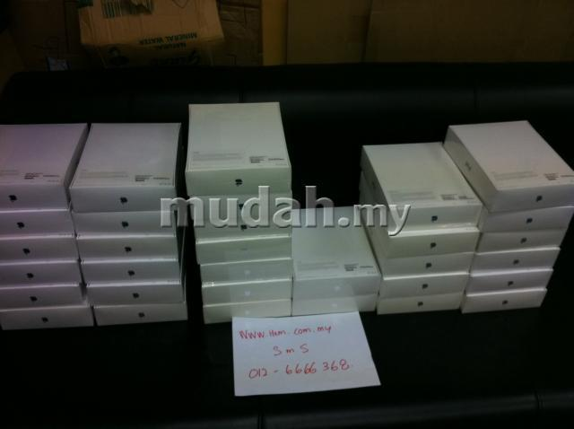 THE NEW IPAD 3 3RD GEN 16GB 32 64GB wifi cellular FREE CASE SCREEN PRO