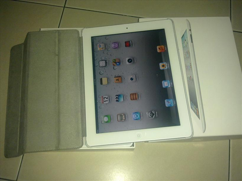USED NEW IPAD white 64GB 3G+WIFI 99% LOOK NEW  RM1999