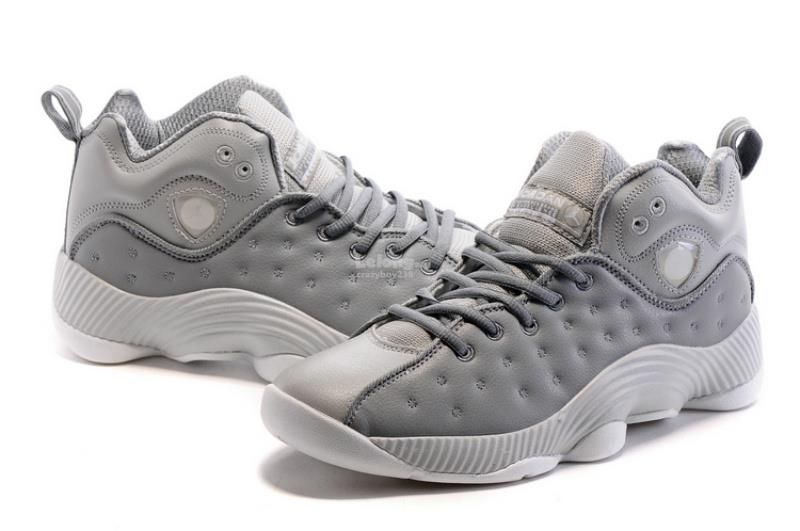 Nike Air Jordan Jumpman Team 2 Sneaker Grey
