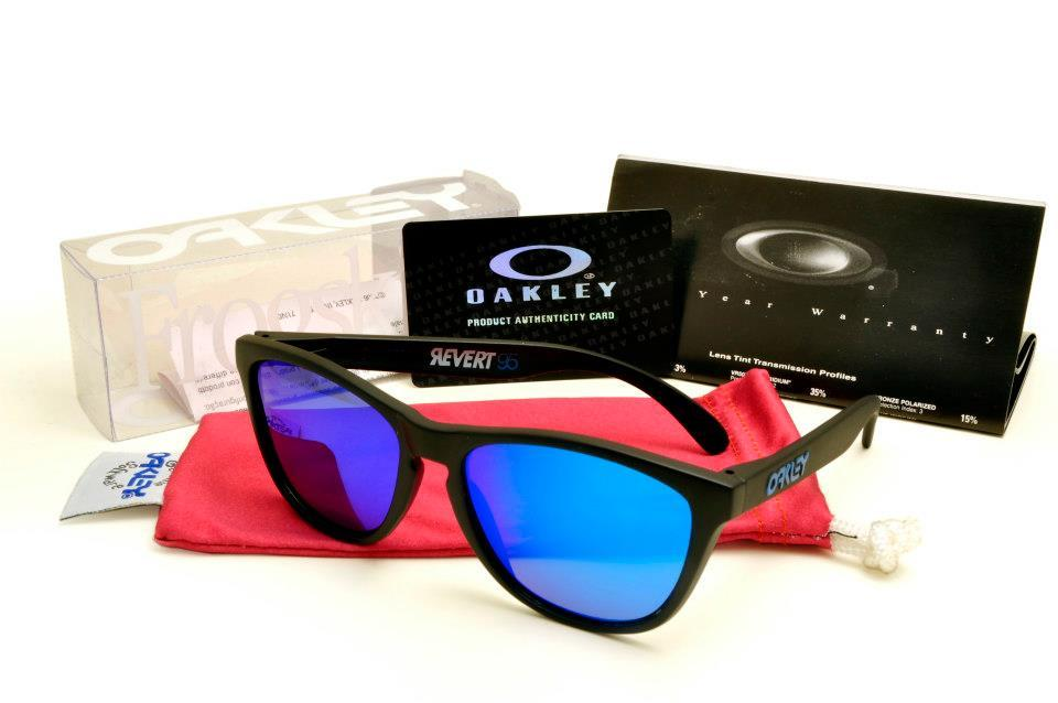 blue oakley frogskins ft2e  blue oakley frogskins
