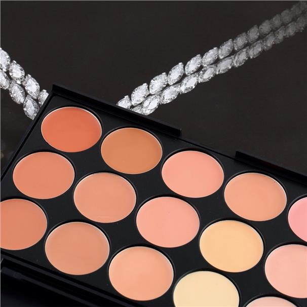 OFFER! 15 COLORS FACIAL CONCEALER PALETTE