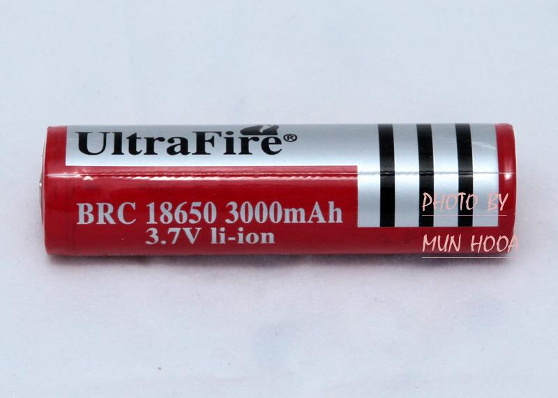 ORIGINAL UltraFire BRC 18650 3000mAh 3.7V lithium-ion Protected Circuit