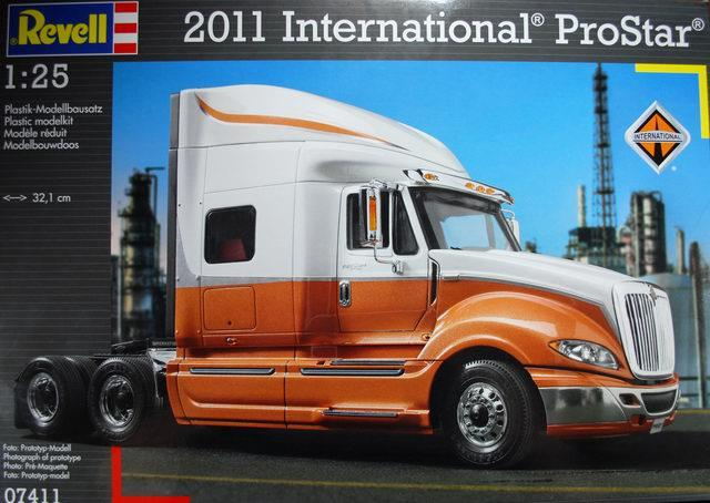 Pre order 1:25 Revell 2011 International ProStar Plastic Model Kit