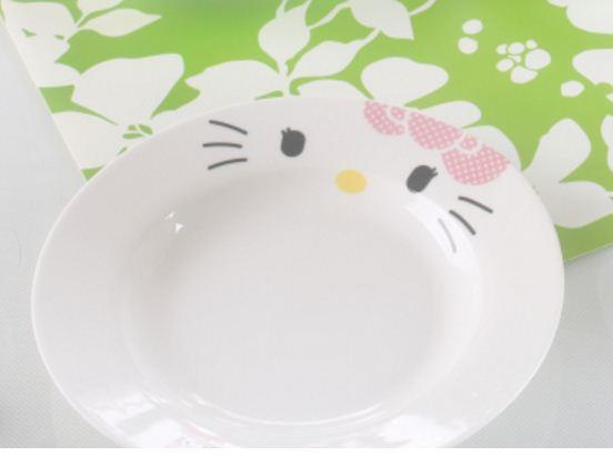 (Pre Order 1 Month) 8 inches Hello Kitty Ceramic Dishes Plate (Pink)