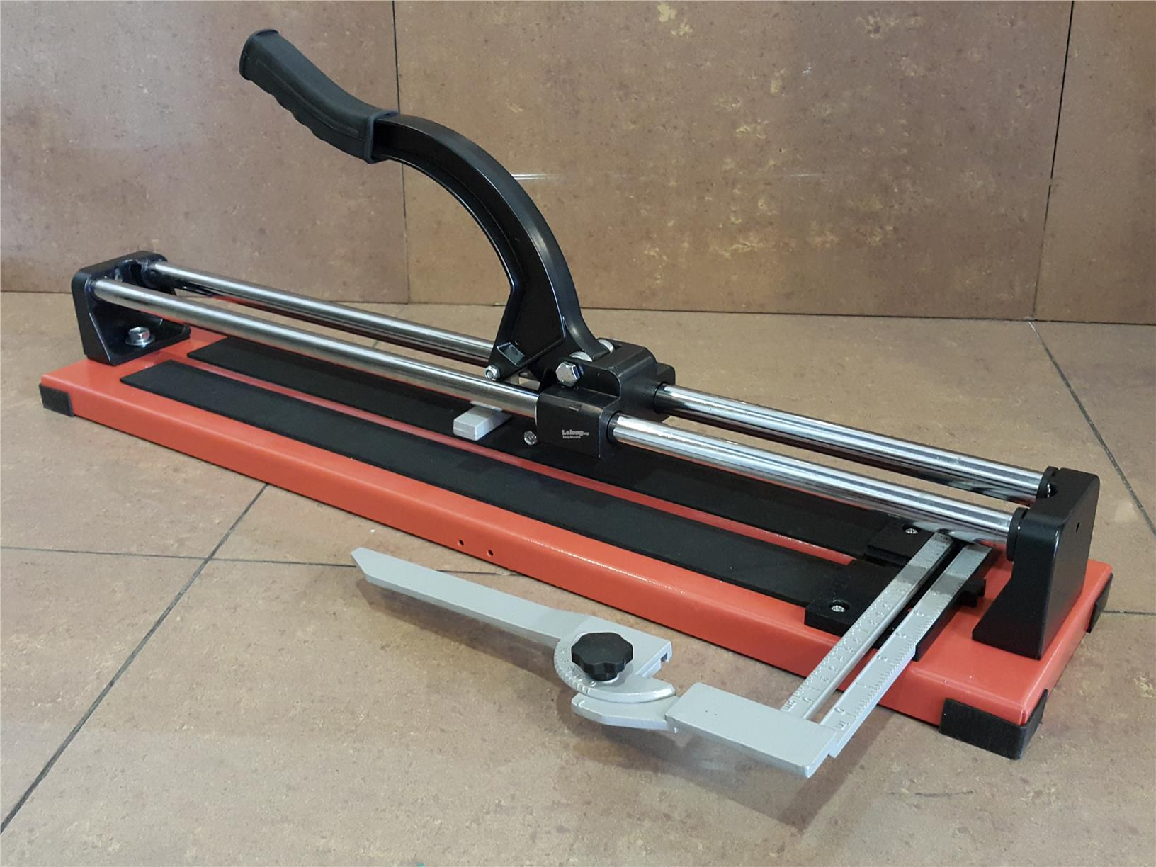 PROFESSIONAL TILE CUTTER 24' ID559515