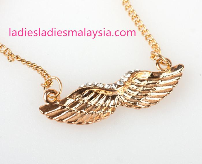 Rhinestones Angel Wings short necklace Jewelry