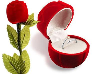 ROMANCE ENGAGEMENT ROSE RING GIFT BOX (VALENTINE/WEDDING/SPECIAL)