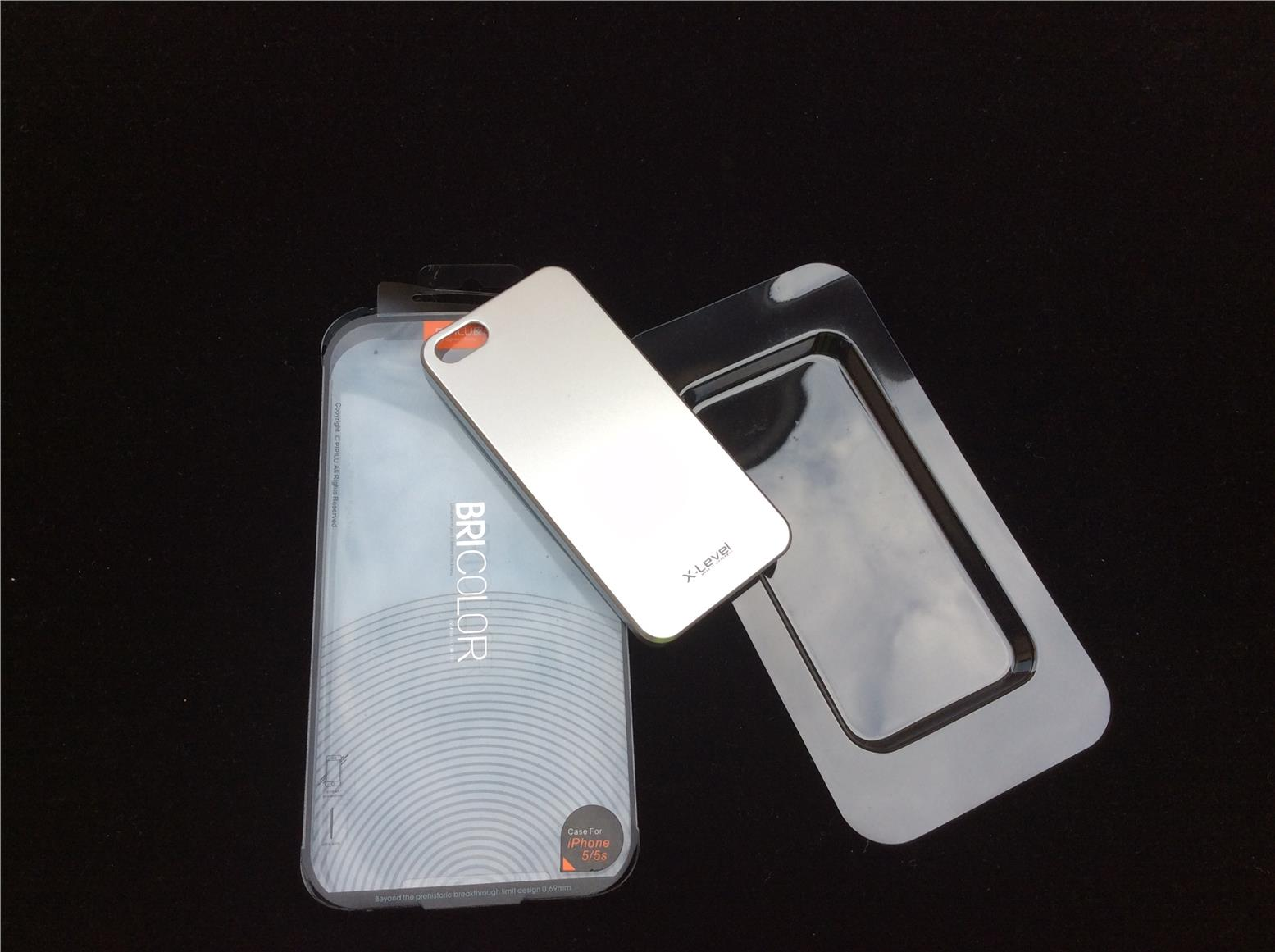 #S24 BRICOLOR iPhone 5/5S Silver Hard Case X-Level Thin and Light